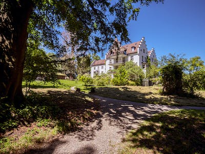 Photograph of the castle